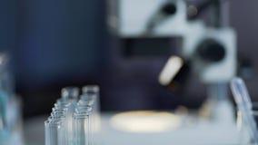 Superficie di lavoro sterile, preparato in laboratorio medico per la prova, primo piano dell'attrezzatura fotografie stock libere da diritti
