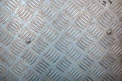 Superficie di metallo con il modello antisdrucciolevole Fotografie Stock Libere da Diritti