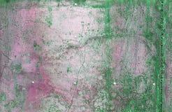 Superficie di metallo verde graffiata ed arrugginita Fotografia Stock Libera da Diritti