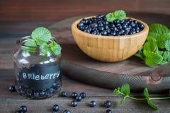 Superfood orgânico antioxidante do mirtilo em um frasco Foto de Stock Royalty Free