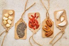 Superfood-Zusammenfassung - Konzept der gesunden Ernährung Stockfoto