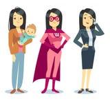 Superfrau im Superheldkostüm, Mutter mit Baby, balancierendes Vektorkonzept der Geschäftsfrau Stockbilder