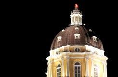 SUPERGA大教堂的有启发性圆顶在都灵附近的在意大利 库存图片
