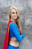Supergirl Cosplay Arkivbild