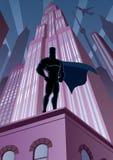 Superhero i stad vektor illustrationer