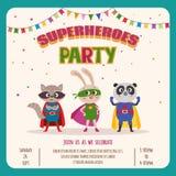 superheroes Πρόσκληση καρτών με την ομάδα χαριτωμένων μικρών ζώων Στοκ Φωτογραφία