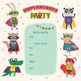 superheroes Card inbjudan med gruppen av gulliga små djur vektor illustrationer