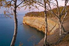 Superior de lago representado rocks Fotos de archivo
