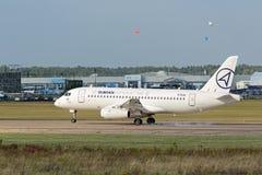 superjet för sukhoi 100 Royaltyfri Foto