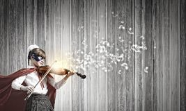 Superkid che gioca violino Immagini Stock Libere da Diritti