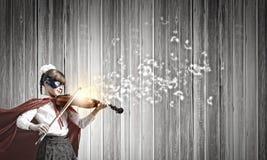 Superkid que joga o violino Imagens de Stock Royalty Free