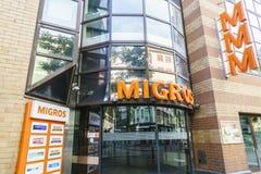Supermarché de Migros, Suisse Photographie stock