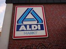 Supermarché de remise d'Aldi Image stock