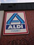 Supermarché de remise d'Aldi Photographie stock libre de droits