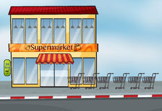 A supermarket near the street Royalty Free Stock Photography