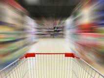 Supermarketshoppingvagn Arkivbild