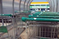 Supermarketspårvagnar Royaltyfri Foto