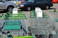 Supermarketspårvagnar, England Royaltyfria Bilder