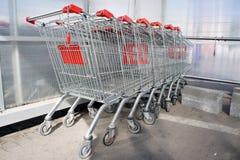 Supermarketspårvagnar Fotografering för Bildbyråer