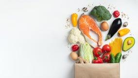 supermarkt Document zakhoogtepunt van gezond voedsel royalty-vrije stock fotografie