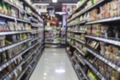 Supermarkt in onscherp voor achtergrond Stock Afbeeldingen