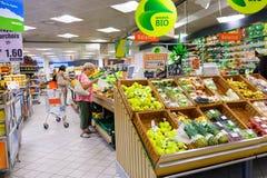 Supermarktbinnenland Royalty-vrije Stock Afbeeldingen