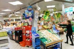 Supermarktbinnenland Stock Foto's