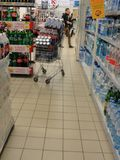Supermarktdetailhandelaar, Yaroslavl, Rusland royalty-vrije stock afbeelding