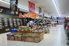 Supermercado de Lidl Imagen de archivo libre de regalías