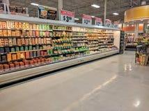 Supermercado interior Foto de archivo libre de regalías