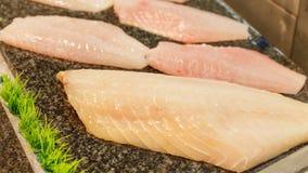 Supermercato dell'interno del pesce del carrello Fotografia Stock