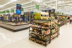 Supermercato di Walmart a Williamsburg, VA, U.S.A. Immagini Stock Libere da Diritti