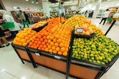 Supermercato Waitrose del Dubai l'8 agosto io Immagini Stock Libere da Diritti
