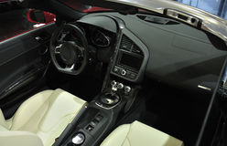 SuperSportwagen-Innenraum lizenzfreies stockbild
