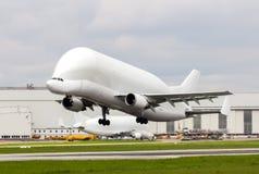 300-600. Supertransporter F-GSTD för Belugaflygbuss tagande-av Arkivbild