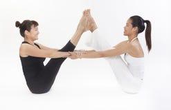 Supervisore asiatico di addestramento di yoga Fotografie Stock