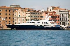 Superyacht de lujo Jo en Venecia foto de archivo libre de regalías