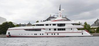 Superyacht per sempre uno Fotografia Stock Libera da Diritti