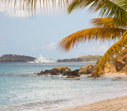 Superyacht Quelle kommt in St Martin an Stockbild