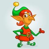 Suporte bonito do duende do ajudante de Santa do rapaz pequeno dos desenhos animados no fundo branco isolado Apresentação do chra Imagem de Stock Royalty Free