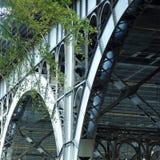 Suporte de aço moderno da estrutura da ponte Imagem de Stock