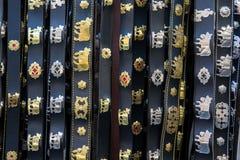 Suporte de lembrança com as correias tradicionais suíças Fotos de Stock