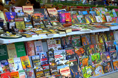 Suporte de livro colorido fotografia de stock