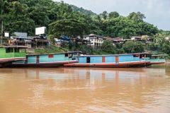 Suporte do barco em Mekong River fotos de stock