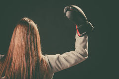 Suporte do pugilista para trás com os braços no ar Fotos de Stock Royalty Free