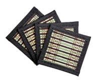 Suporte quatro de bambu sob quente No isolamento Quatro suportes bonitos fotos de stock