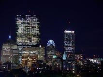 Suporte a skyline do louro na noite Fotos de Stock Royalty Free