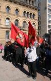 Suportes do Tamil com bandeiras e megafone Fotografia de Stock