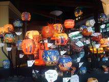 Suportes do tealight do mercado do Natal da água de Colônia Foto de Stock Royalty Free