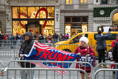 Suportes do trunfo em New York City Imagens de Stock